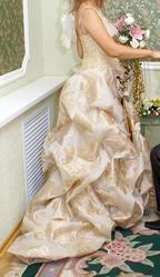 Продаю  дизайнерское свадебное платье