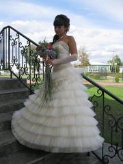 Продаю свадебное платье размер 42-44,  рост до 168 см